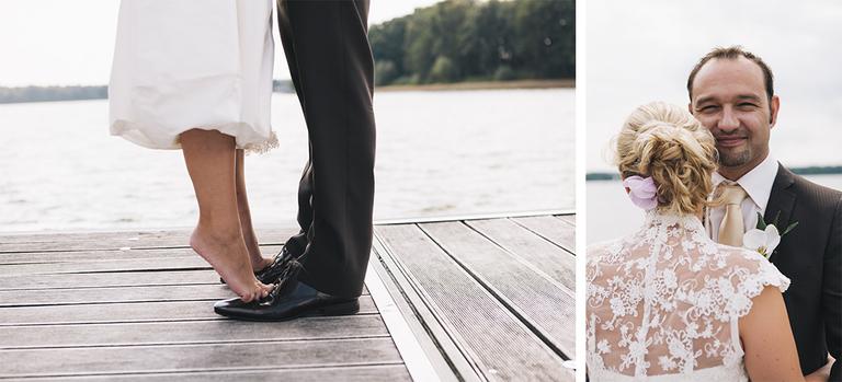 Bild zeigt wie die Braut Barfuß auf den Schuhen Ihres Bräutigams steht