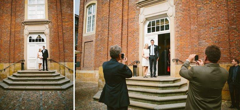 Brautpaar vor dem Standesamt in Münster