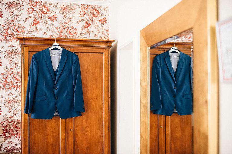 Anzug vom Bräutigam