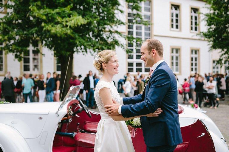 Braut und Bräutigam sehen sich zum ersten Mal ©Markus Koslowski Hochzeitsfotograf Warendorf