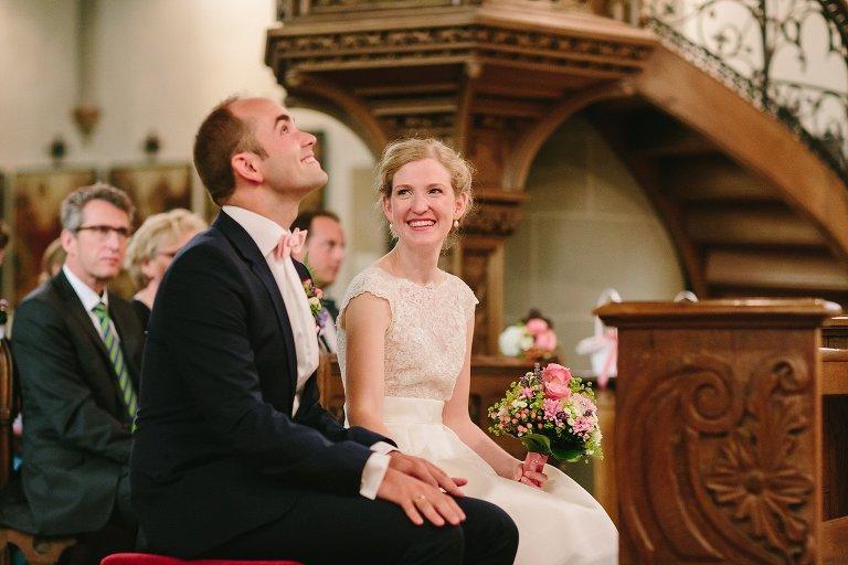 Braut sieht Bröutigam verliebt an ©Markus Koslowski Hochzeitsfotograf Warendorf