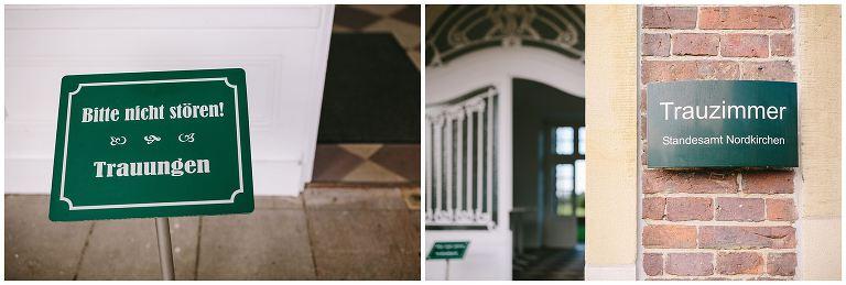 Eingang und Schild im Eingang zum Standesamt Nordkirchen ©Markus Koslowski Hochzeitsfotograf Schloss Nordkirchen