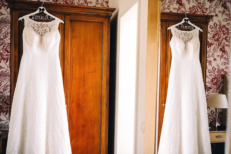 Brautkleid am Schrank im Hotel Velen