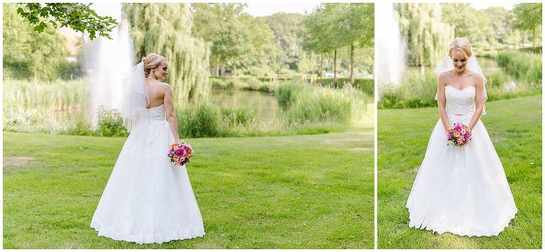 Braut im Garten von Gut Havichhorst - Hochzeitsfotograf Gut Havichhorst