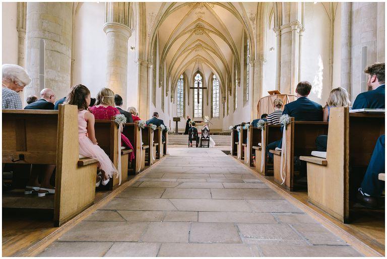 Brautpaar vor dem Traualtar in Münster