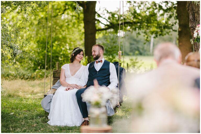 Braut und Bräutigam verliebt im Beverland