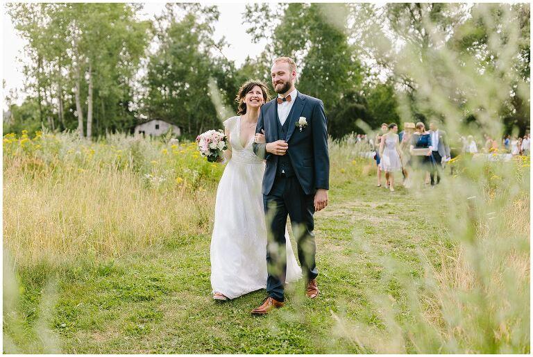 Hochzeitsfotograf Beverland begleitet glückliches Brautpaar