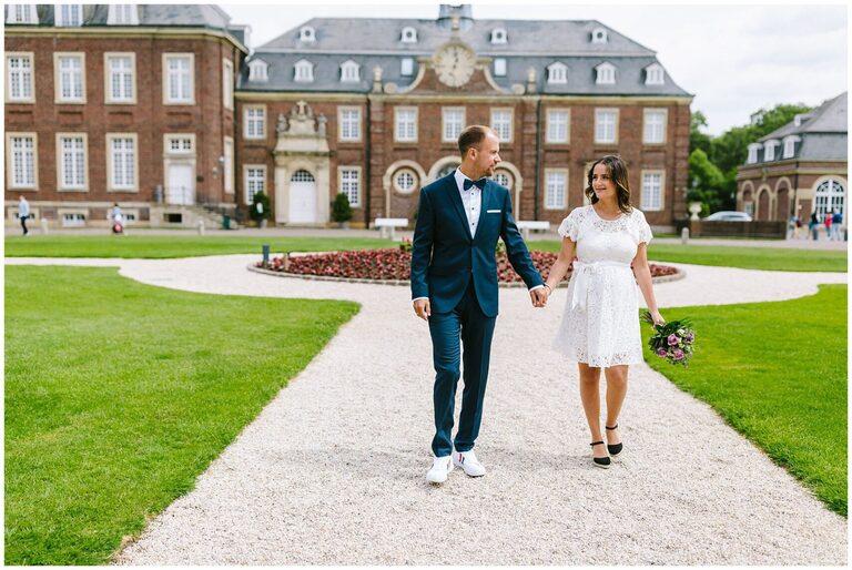 Brautpaar geht gemeinsam zum Standesamt Nordkirchen