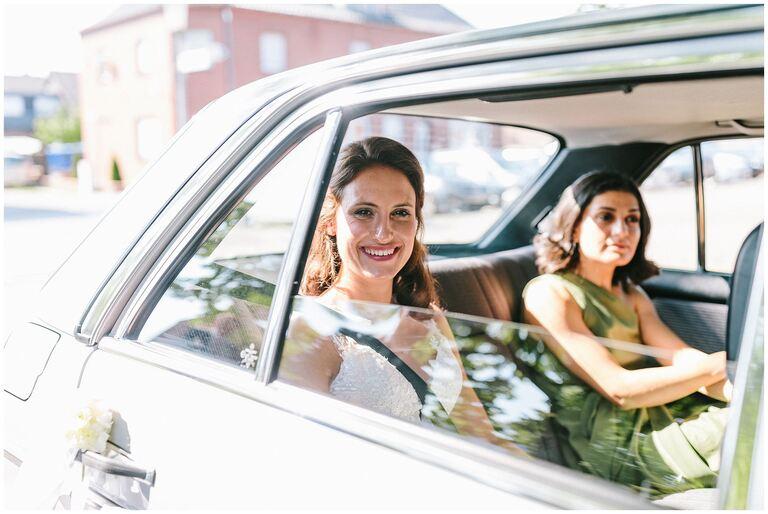 Ankunft der Braut im Brautauto